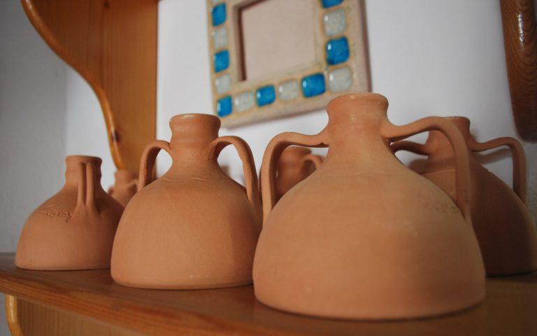 Sifnian pottery